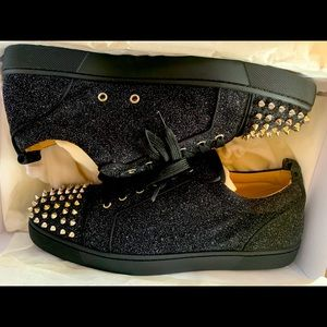 Christian louboutin junior spike